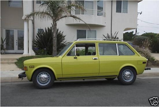 1975 Fiat 128 SW.jpg