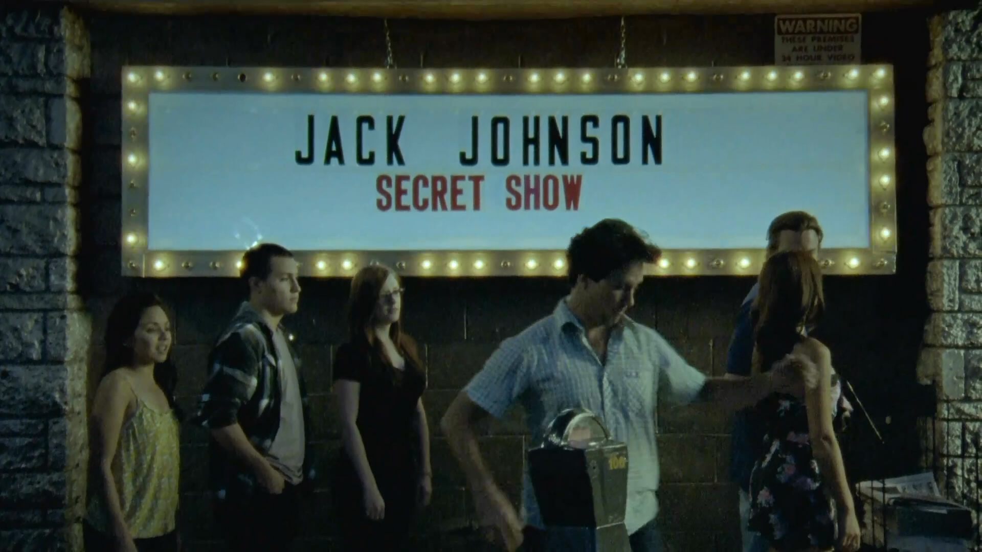 Jack Johnson - At Or With Me_(1080p).mp4_snapshot_00.04_[2011.03.24_13.40.22].jpg