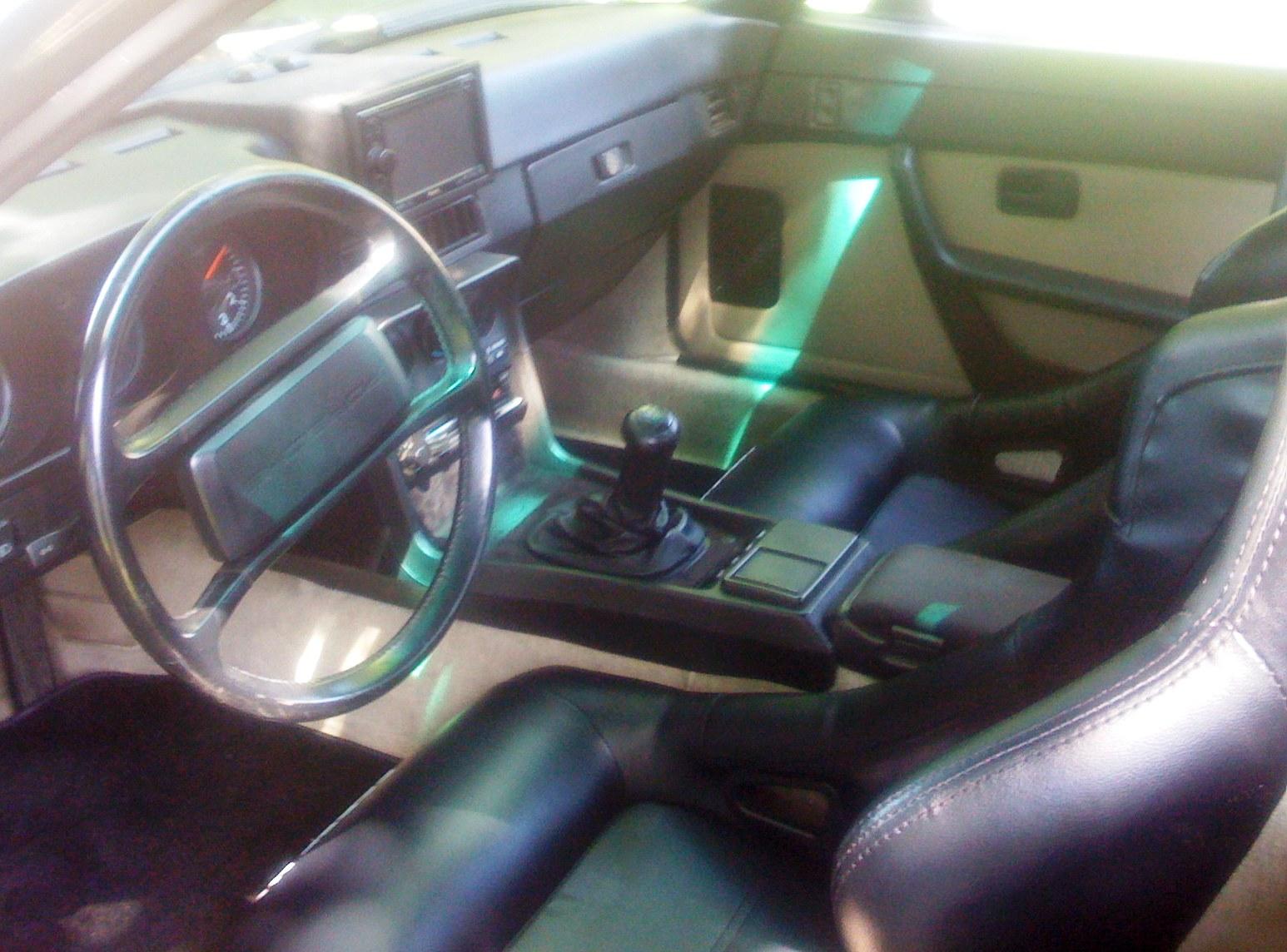 924 interior x.jpg